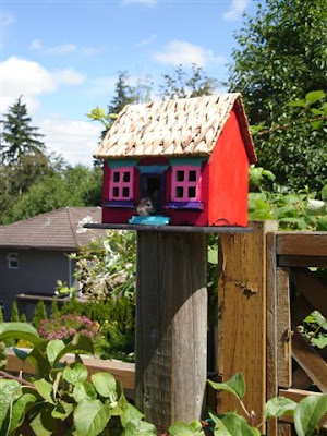 Adorable birdhouse