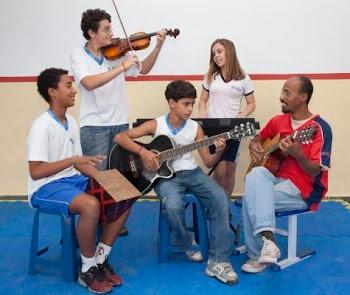 Com alunos