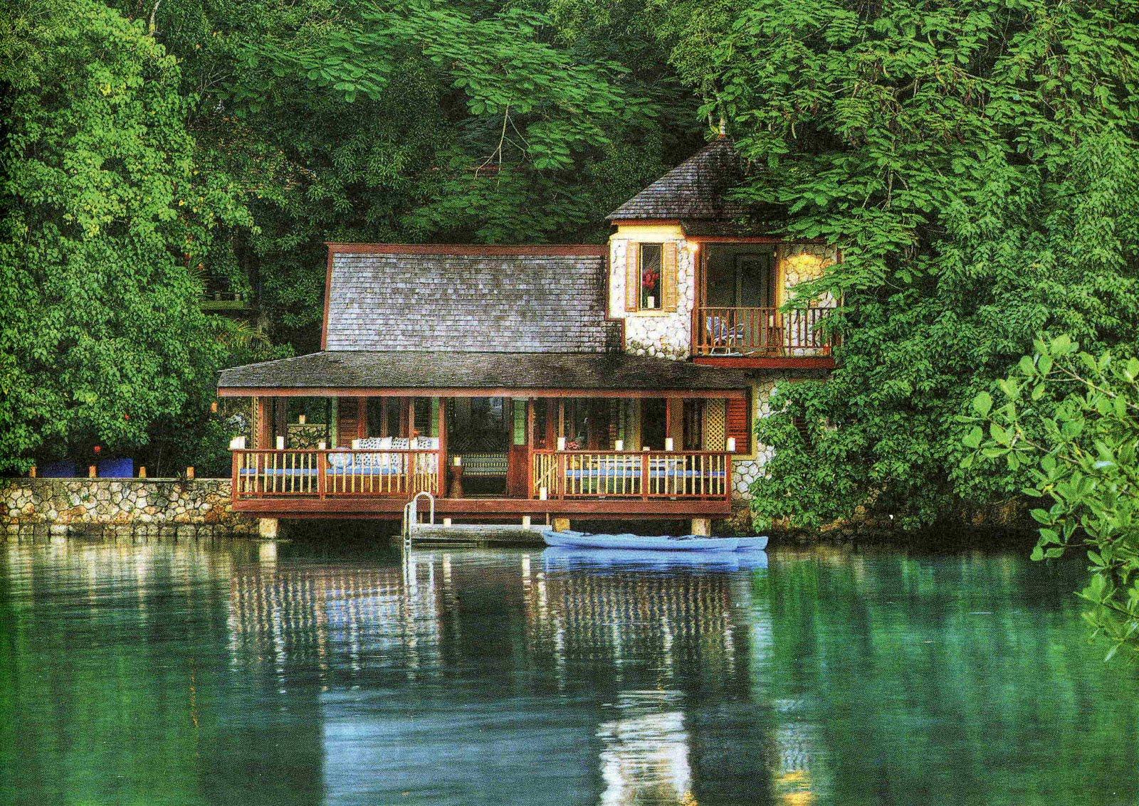 TU LUGAR A DONDE IR: HOTEL GOLDENEYE - ST. MARY, JAMAICA