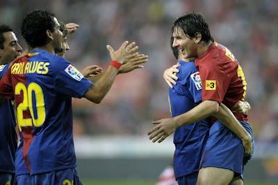 Lionel Messi-Messi-Barcelona-Argentina-Pictures-Dani Alves