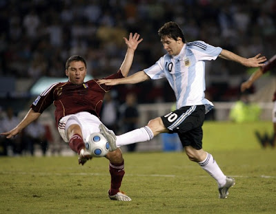 Lionel Messi-Messi-Barcelona-Argentina-Posters 1