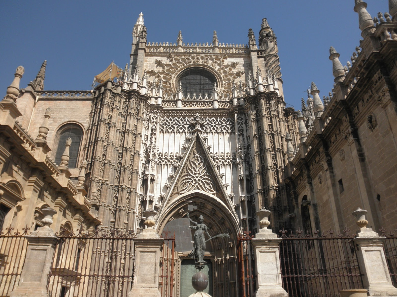 A Scrappy CPA: Day 10 - Seville - Cathedral