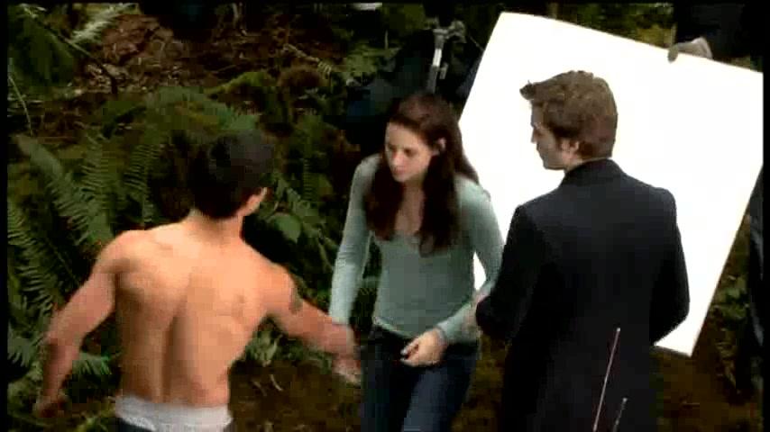 The Twilight Saga: New Moon (2009) Online - Greek Subs