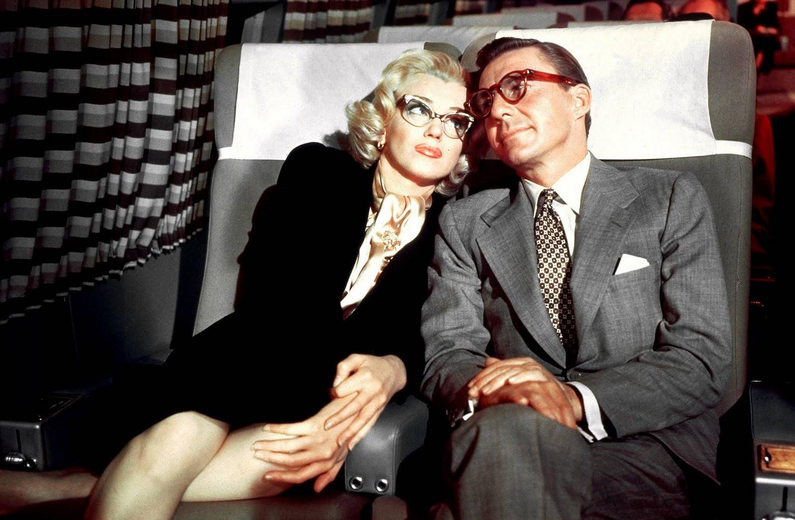 http://2.bp.blogspot.com/_fqqHBQnIOHE/TTRMcQwKQ6I/AAAAAAAAADo/K0NKz0JNts8/s1600/Annex+-+Monroe%252C+Marilyn+%2528How+to+Marry+a+Millionaire%2529_04.jpg
