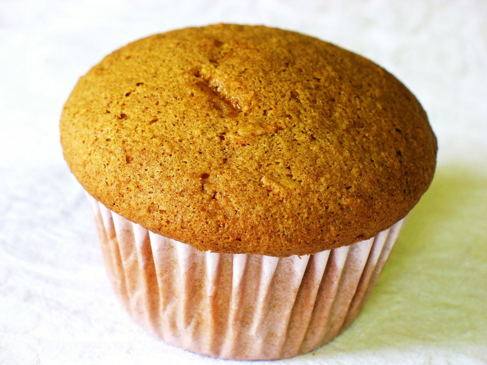 The Gluten Free Spouse: Gluten Free Carrot Cake Muffins