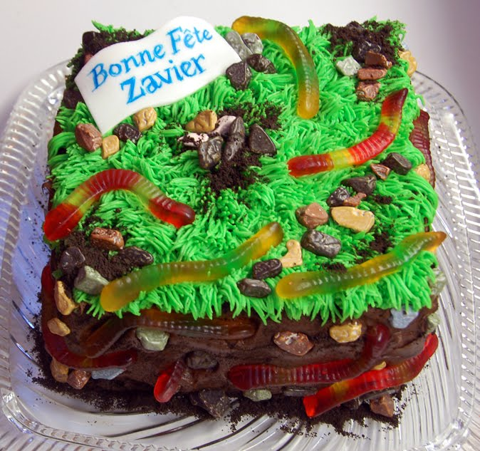 Ronnas Blog Gummy Worm Cake