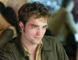 Teen heartthrob Robert Pattinson's latest movie 'Remember Me' is a romantic ...