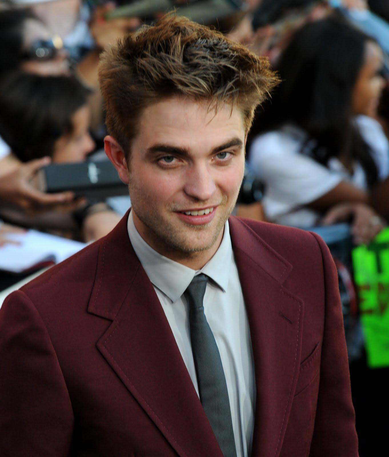 Robert Pattinson: Robert Pattinson Life: Great New Interview