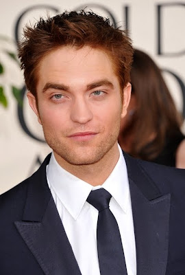 Golden Globes 2011 Pattinsonlife-gg018