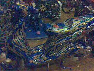 Modification Motor Mio Blue And Gold Motorcycle Case
