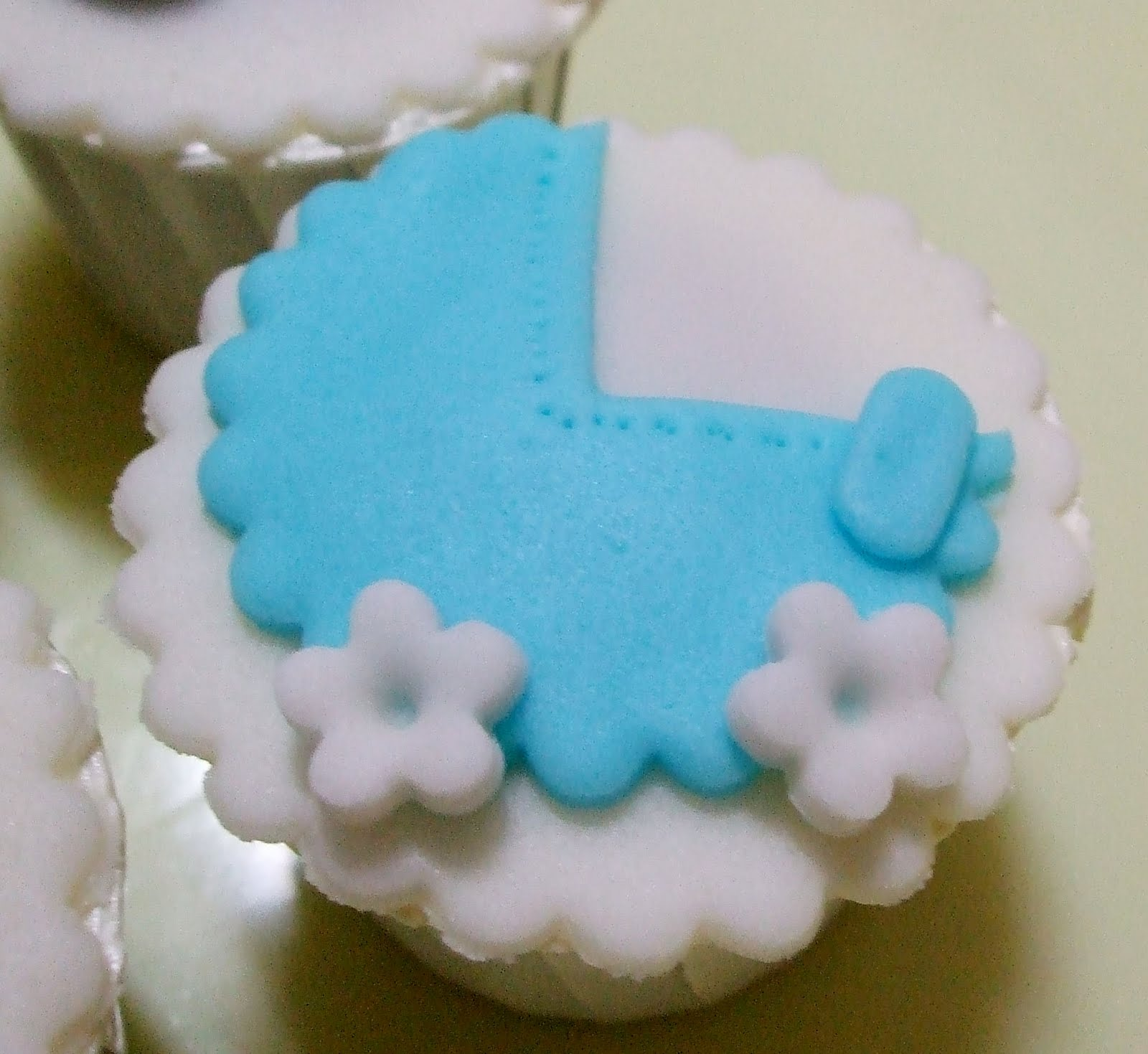 Homemade Baby Shower Cakes http://sweet-homemadecake.blogspot.com/2010 ...