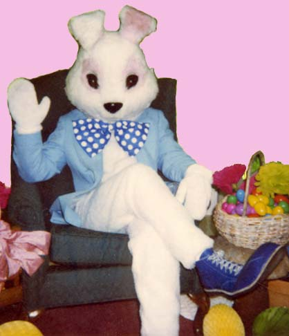[EasterBunnyLG.jpe]