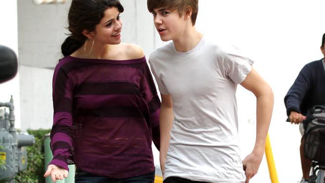 justin bieber selena gomez st lucia. Justin Bieber and Selena