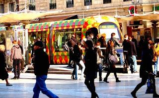 Montpellier, le tram et les piétons