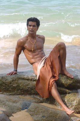 Raul Araiza Desnudo