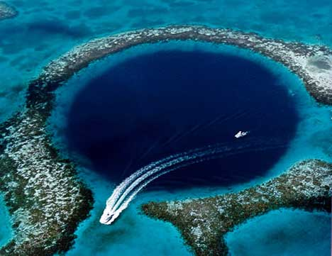 http://2.bp.blogspot.com/_g--yWM5-GIQ/TJ9JbL7oRZI/AAAAAAAAACc/ldEIFsumzzE/s1600/great_blue_hole_belize_3sfw.jpg