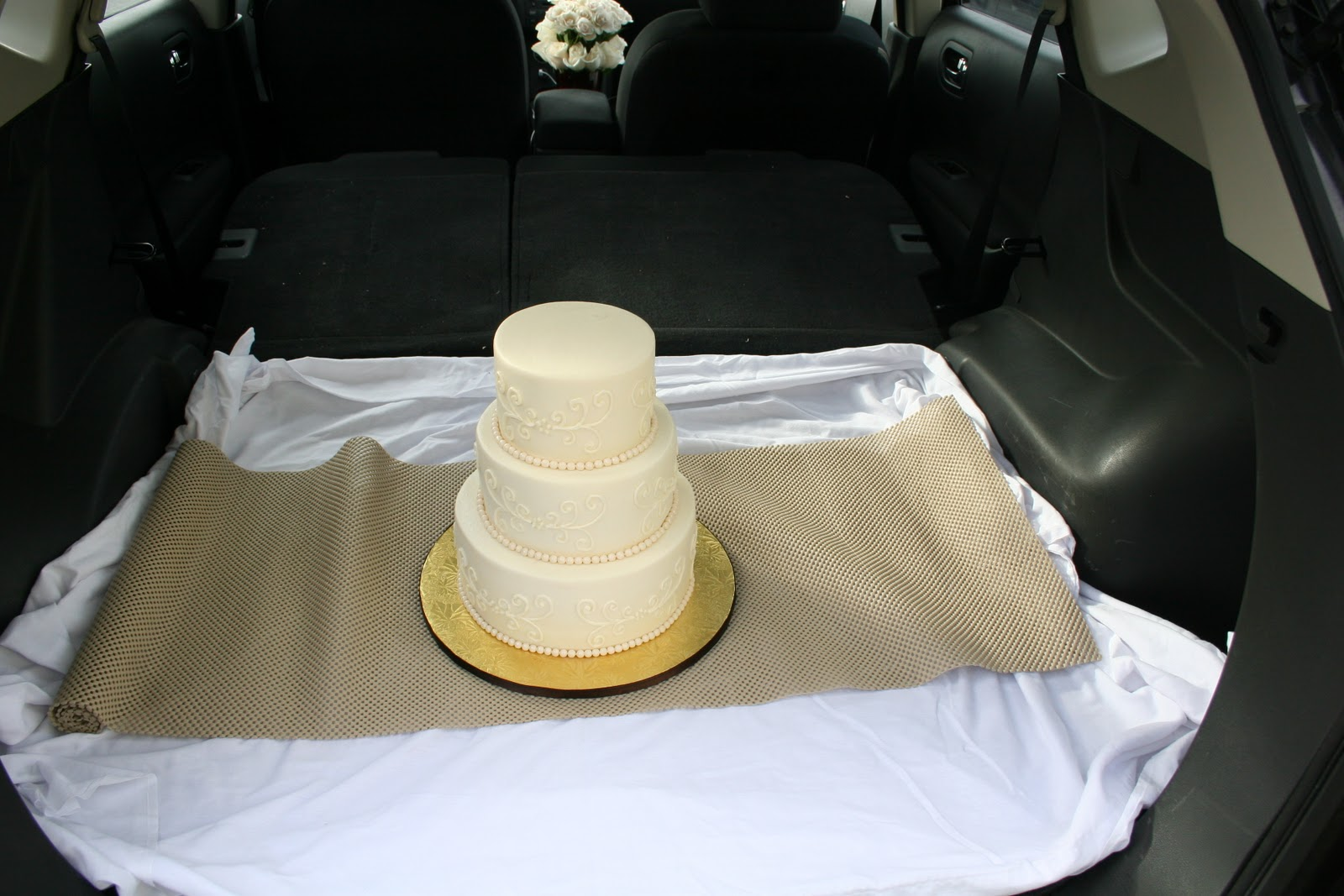stuff by stace wedding cake delivery