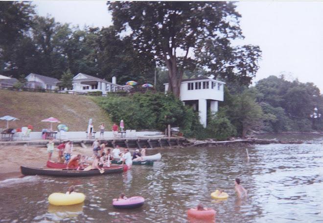 """The Great Canoe Race"""