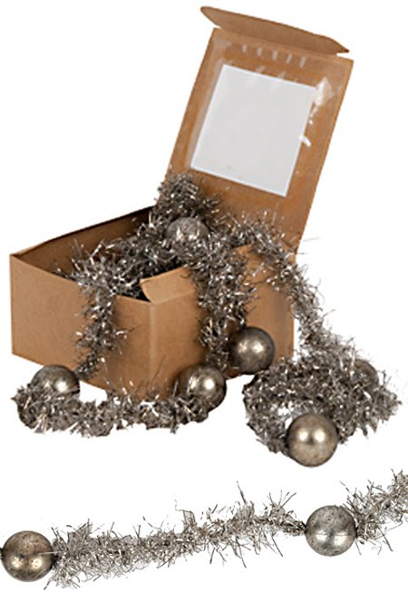 Interiorz Dezigned Glamorous Christmas Decorations