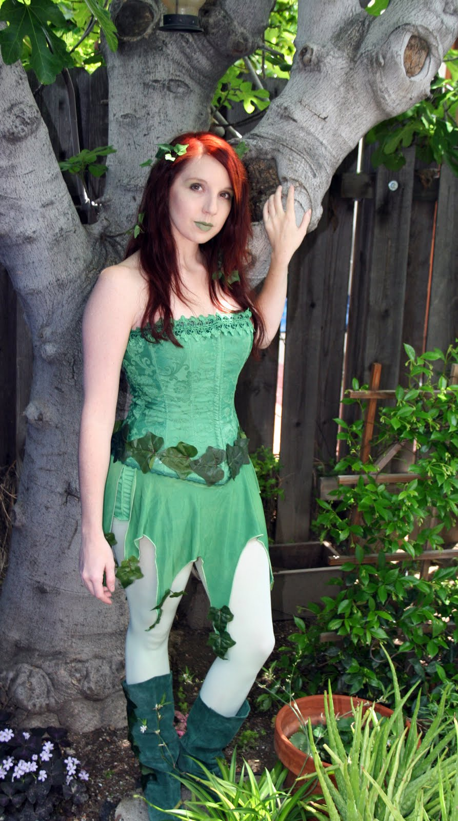 sc 1 st  Geek With Curves & geek with curves: Poison Ivy Costume