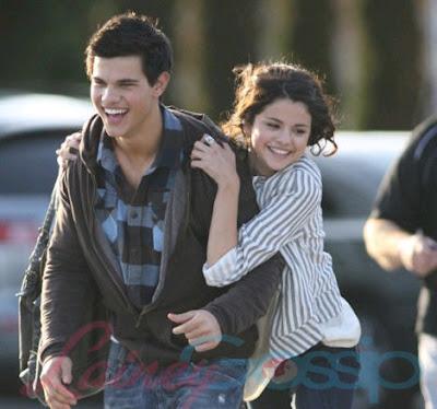 Selena Gomez  Taylor Lautner Kissing on Selena Gomez And Taylor Lautner Kiss  Selena Gomez Kissing Taylor