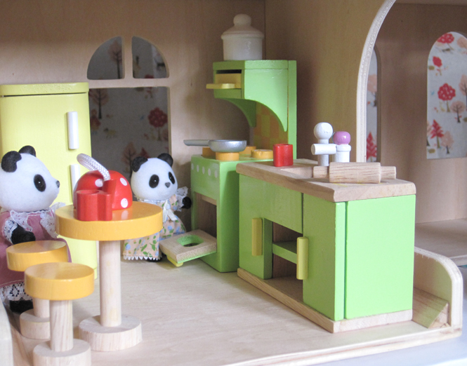 project: project: dollhouse furniture review: le toy van