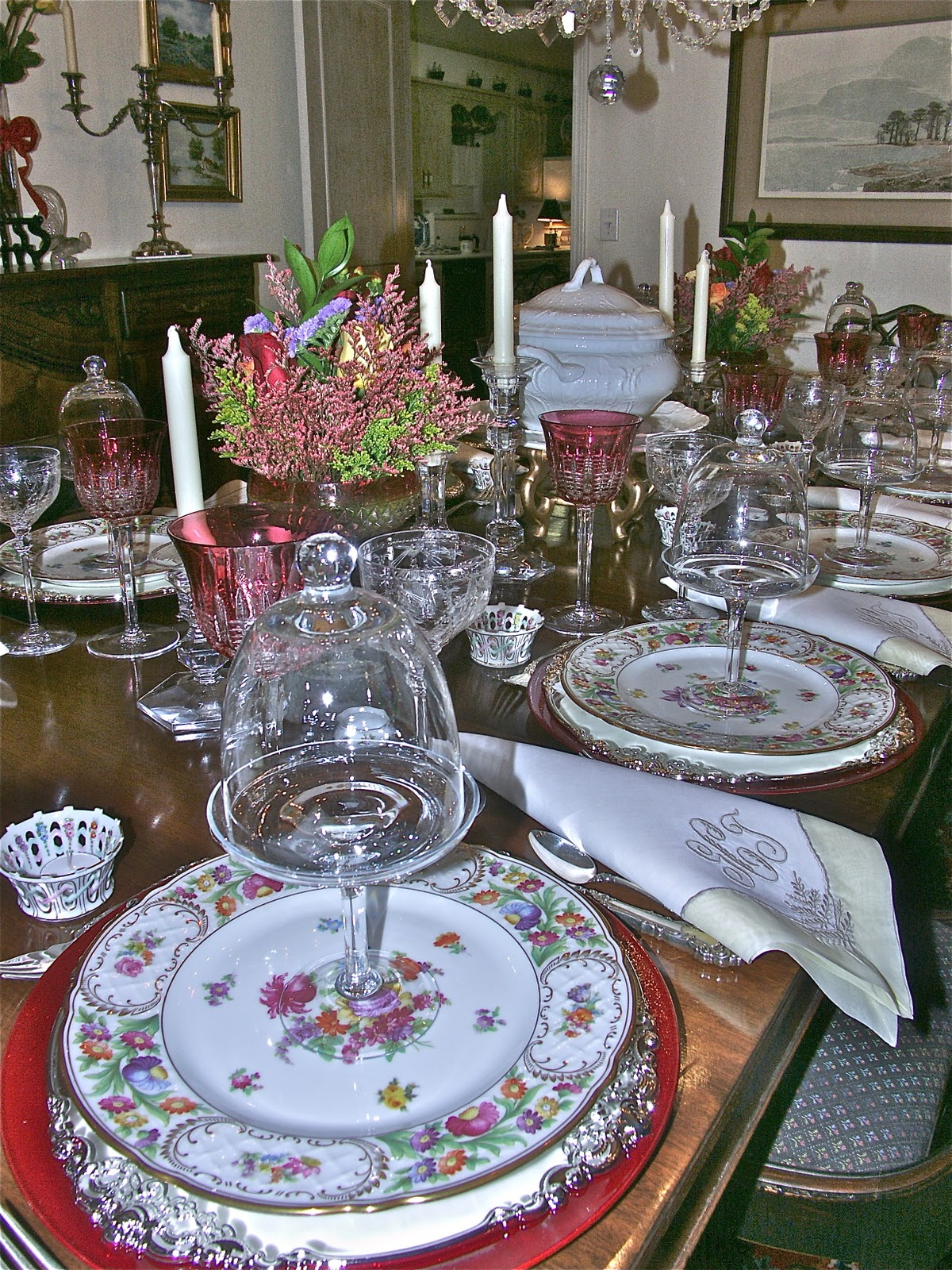 Entertaining Women: Welcome Home!
