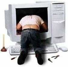 idraulico che ripara computer