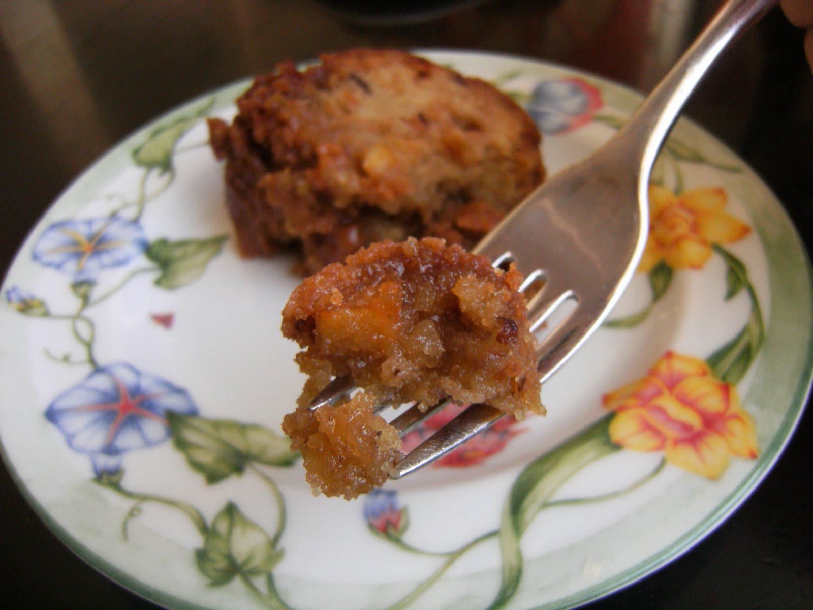 My Retro Kitchen: Apple Dapple Cake