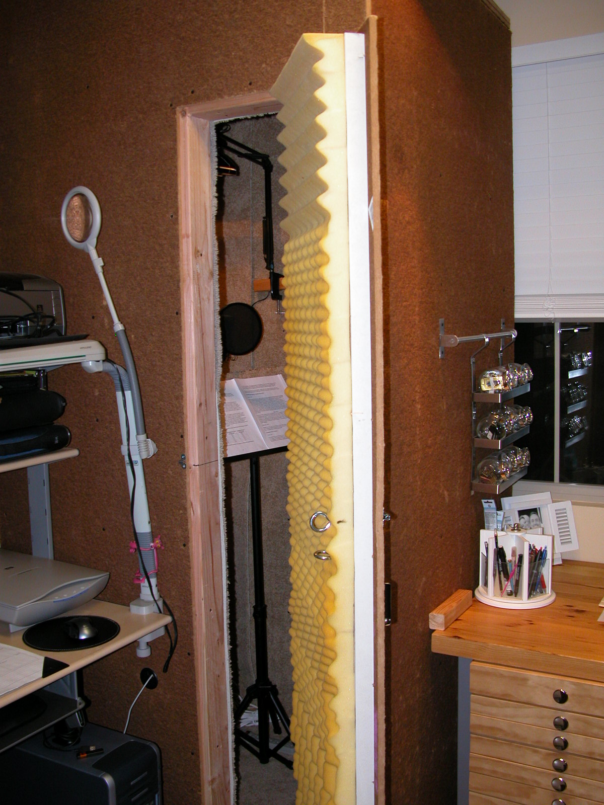 Soundproofing your home studio vo peeps for How to sound proof your bedroom