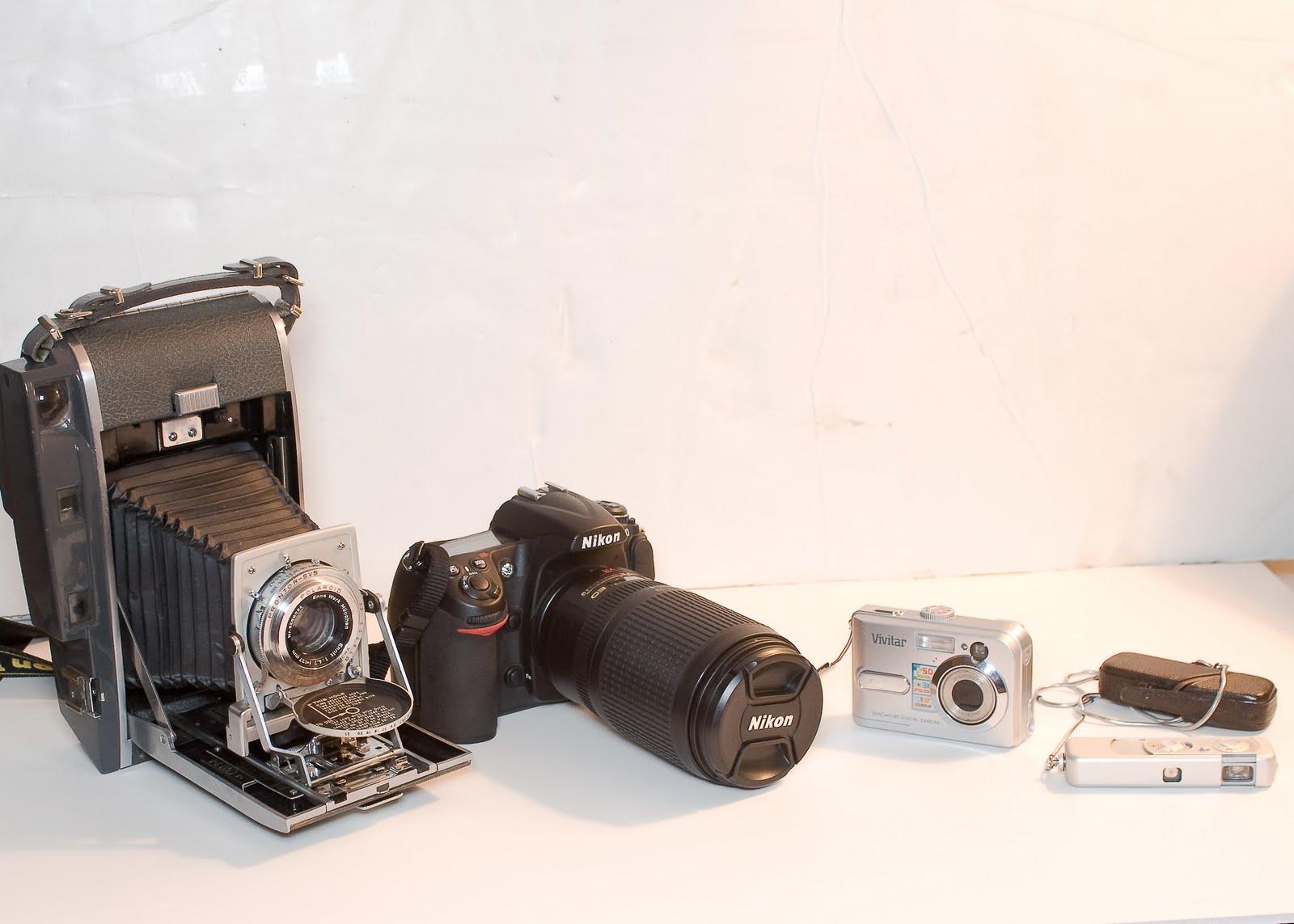 С украденных фотоаппаратов 20 фотография