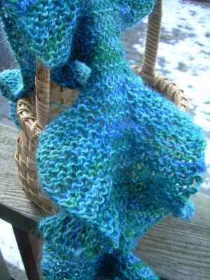 FREE KNITTING PATTERN RUFFLED EDGE SCARF   KNITTING PATTERN