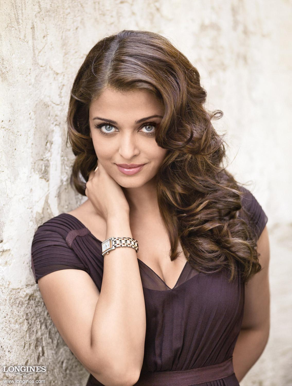 Aishwarya Rai Hot Stills Aishwaryarai Hot Pics