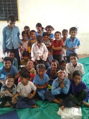 PRAGNYA ના આનંદિત બાળકો