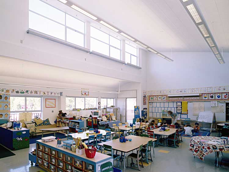 Green School Buildings The Many Benefits of Natural Lighting & The GREEN MARKET ORACLE: Green School Buildings: The Many Benefits ... azcodes.com