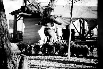 Jump, alexandru hategan, girl, black white, alb negru, cetate,  tirgu mures