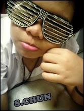 新眼镜~~^^