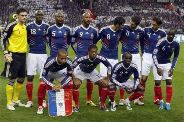 http://2.bp.blogspot.com/_gOXFntOx5So/TAvdmxddtSI/AAAAAAAAADA/6lgTr442rNA/s1600/France-national-Team-2010.JPG