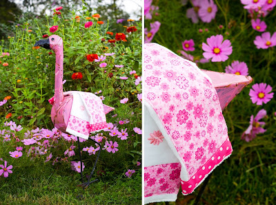 pink burp cloths on flamingo