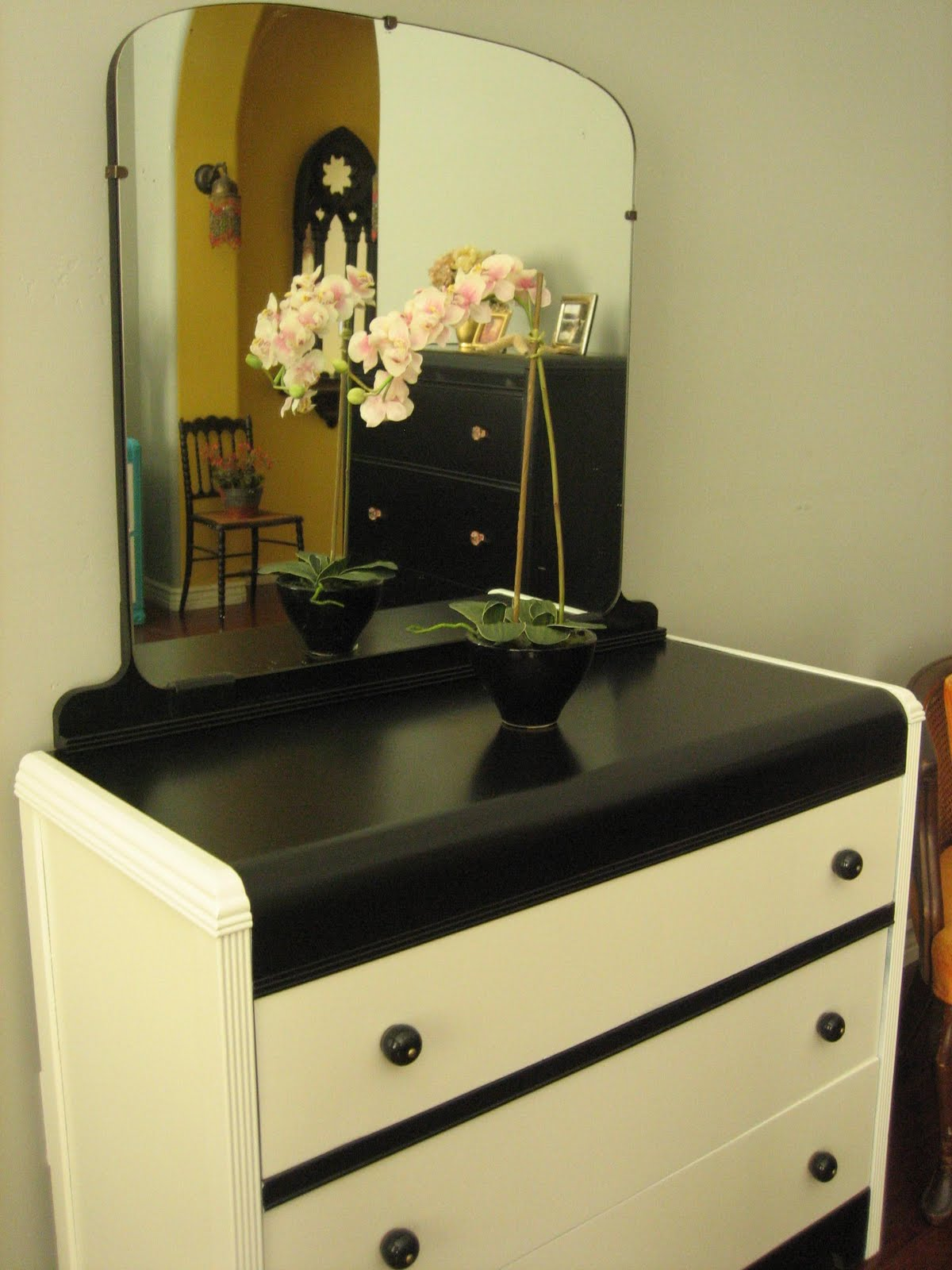 european paint finishes black white waterfall dresser w mirror