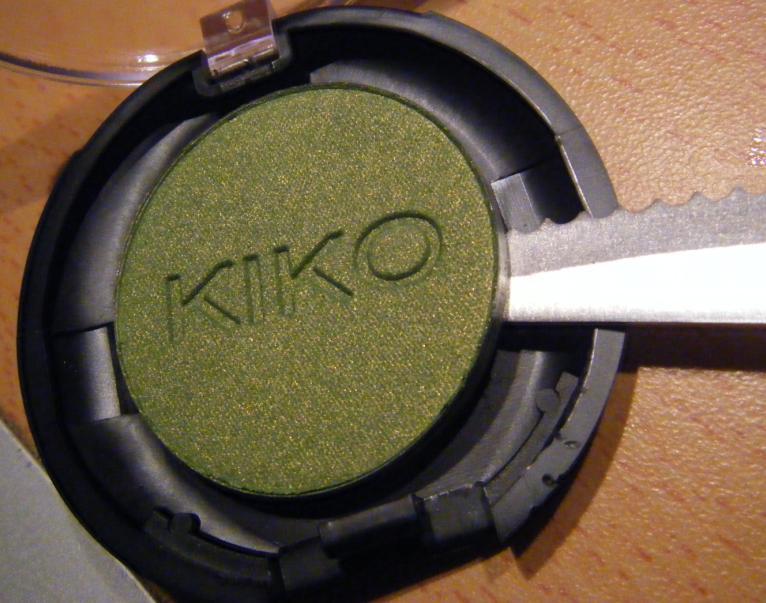 Esp ce de poisson rouge d poter des fards kiko makeup - Palette maquillage aimantee ...