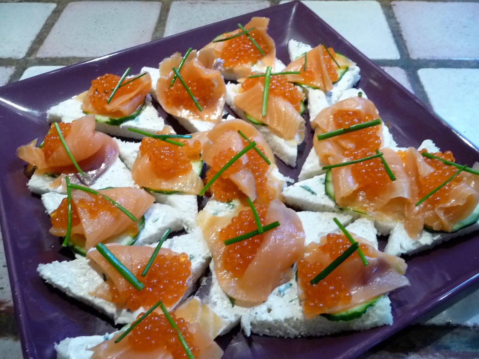 Le roman culinaire v canapes au saumon fume for Canape saumon