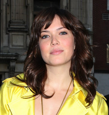 Mandy Moore's casual hairstyle with wispy bangs; many moore hairstyles.