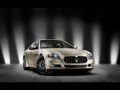 2011 Maserati Quattroporte Sport GT S Awards Edition - Front Angle