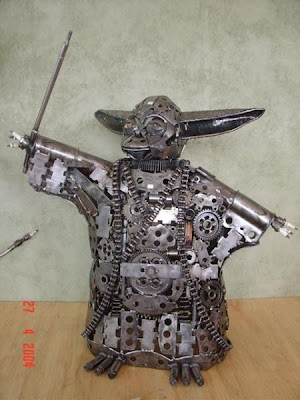 Cool trash sculpture pictures cool things pictures - Cool stuff made from junk ...