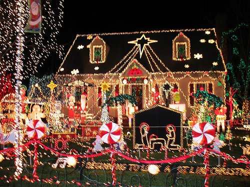 Cool christmas lights from around the world cool things collection