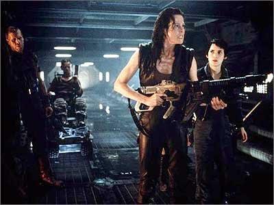 http://2.bp.blogspot.com/_gTka0I9Xl-8/Su2EKB9GoBI/AAAAAAAACHg/H6mrj69bvEA/s400/alien_resurrection_xl_03--film-A.jpg
