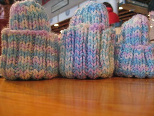 Knit Rib Stitch Continental : Hissy Stitch, a Knitting and Needlework Blog: Teeny Preemie Hats