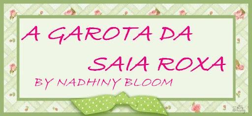 A GAROTA DA SAIA ROXA