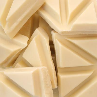 White Chocolate ~ Easy Chocolate Cake